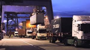 Crece el número de camiones que utilizan los preavisos del puerto de Bilbao  y la AP-8 - Cadena de Suministro