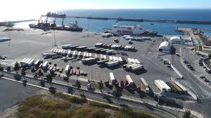 El embarque de semirremolques en los puertos españoles cae un 19% en enero  - Cadena de Suministro